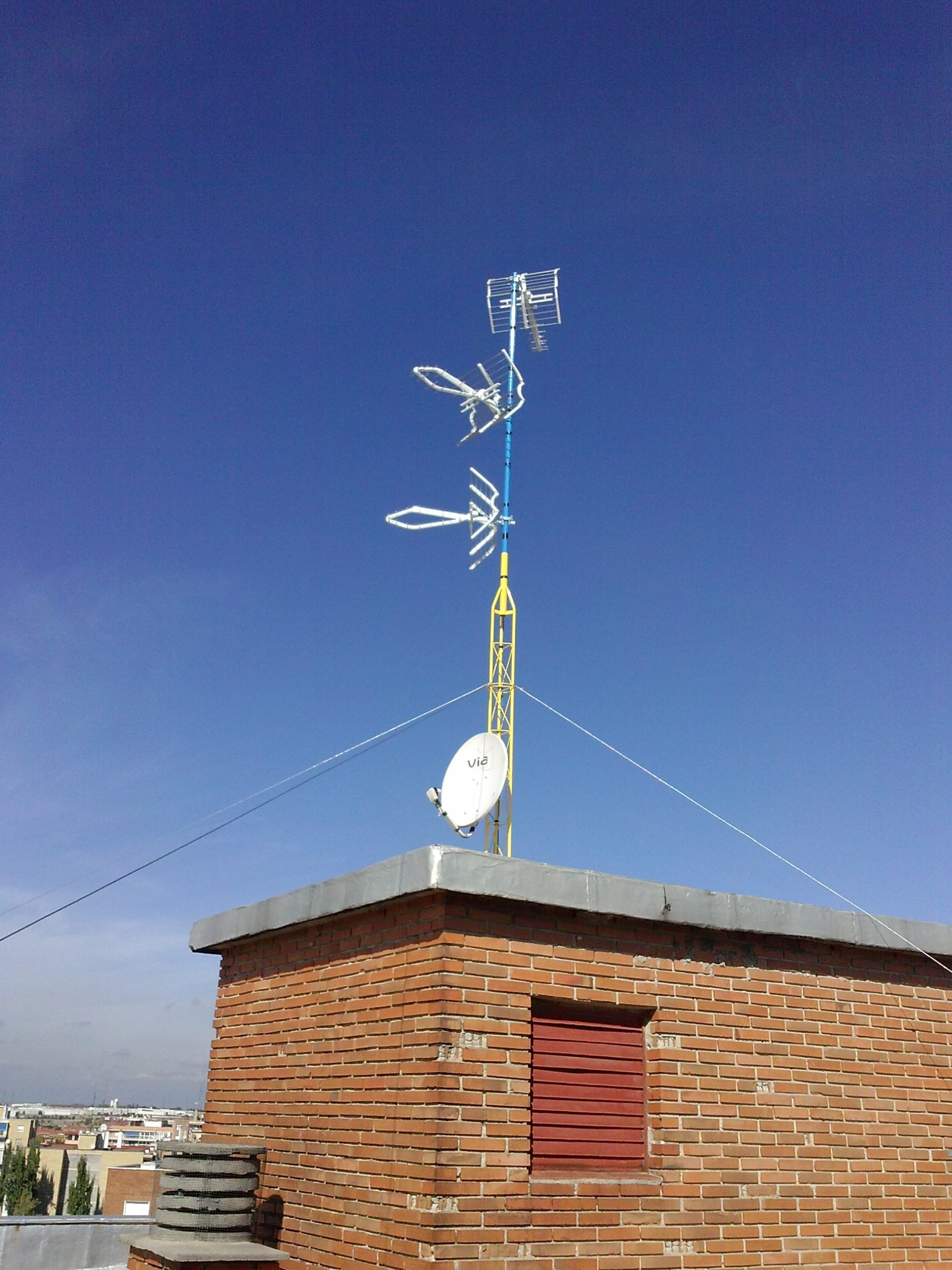 Torreta de antena tv RV-1